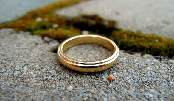 Ring for lost and found