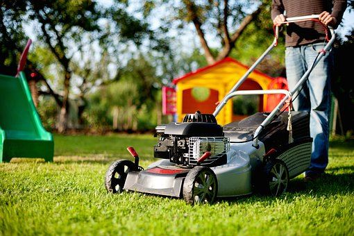 lawn-mower-for spring clean up